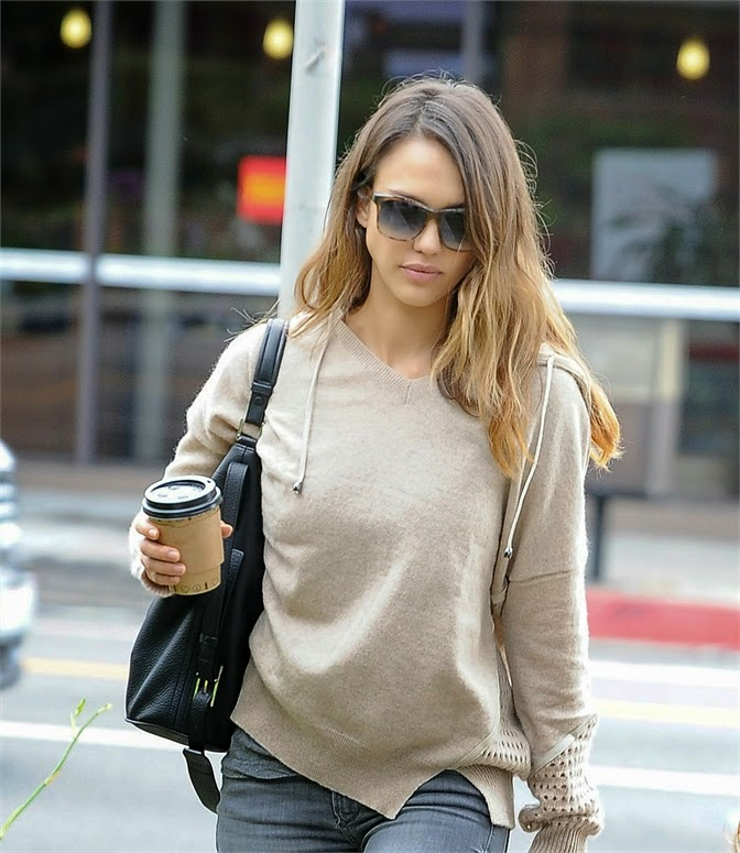 Jessica Alba casual outfit for coffee photo 1