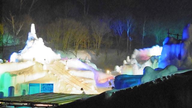 北海道旅行で行った層雲峡氷爆まつり