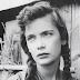 Σαν σήμερα: Το 1992 «φεύγει» από τη ζωή η Ελληνίδα ηθοποιός Τζένη Καρέζη