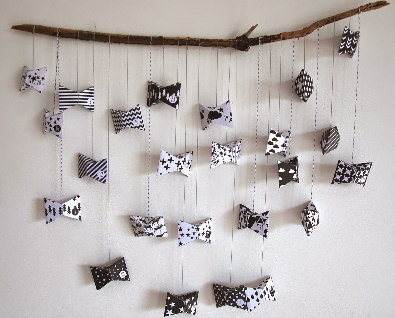 happy moment by melb faire son calendrier de l 39 avent. Black Bedroom Furniture Sets. Home Design Ideas