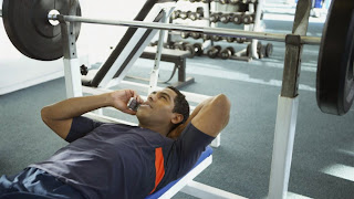 http://www.muscleandfitness.com/workouts/workout-tips/8-things-you-should-never-do-during-workout