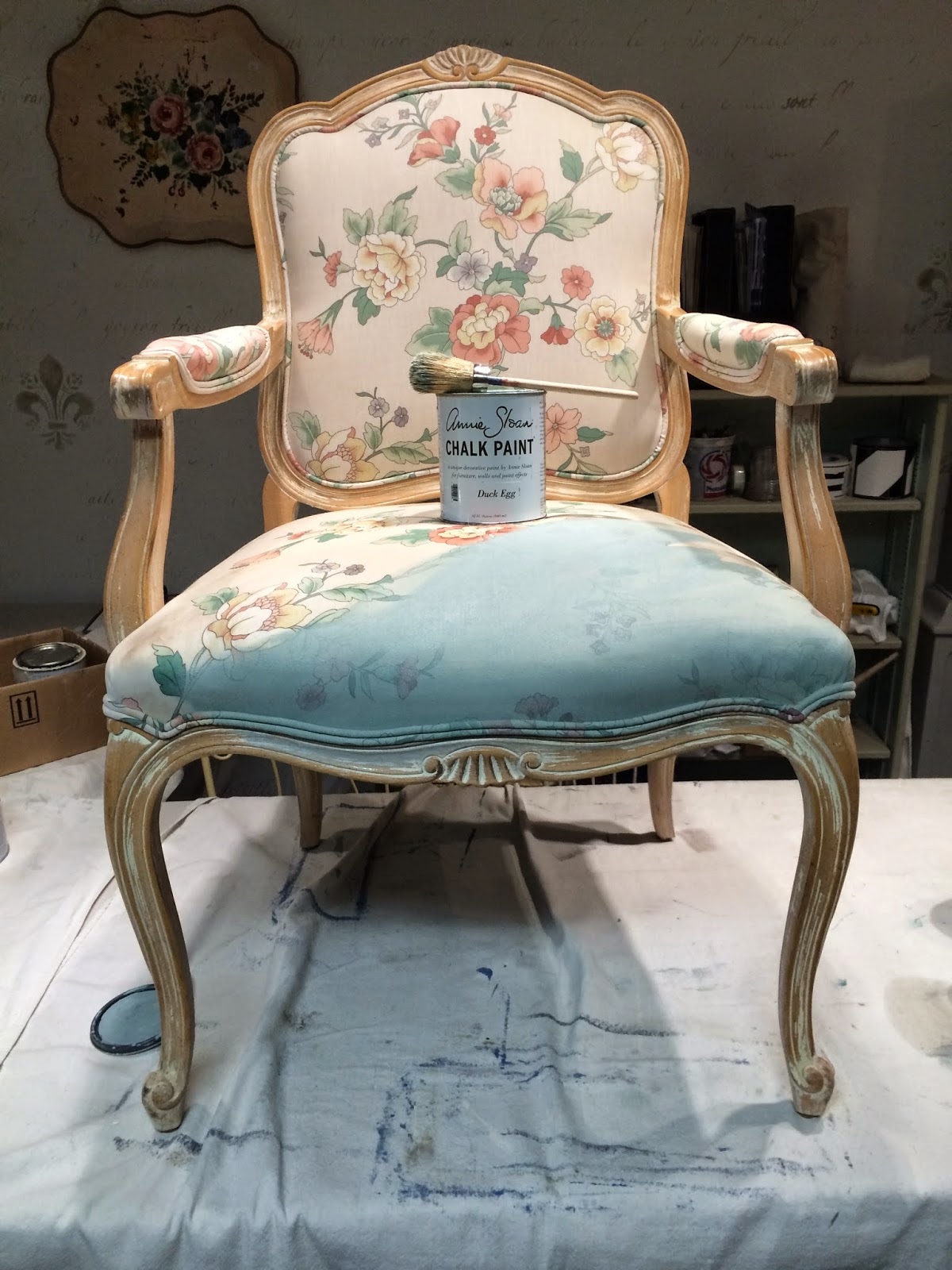 Maison decor painted chair fabric and frame french style for Maison decour