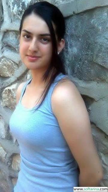 2 arab girls from syria 1 3