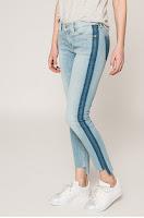 blugi-si-pantaloni-dama-tommy-jeans-4