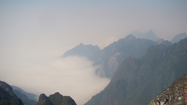 Top 4 Worth-to-Conquer Highest Mountains in Vietnam 1