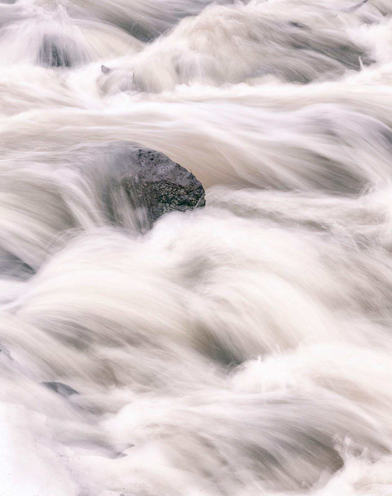 vesi, water, long exposure, pitkä valotusaika, valokuvaus, photography, luontokuva, naturephotography, valokuvaaja, Frida Steiner, Visualaddict, Visualaddictfrida, photographer, luontokuva, puro, koski