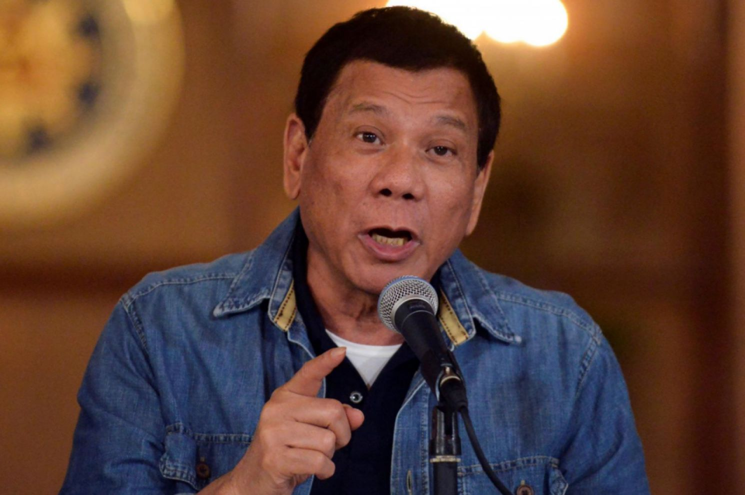 hilippine President Rodrigo Duterte has described European lawmakers as