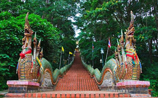 TOUR DOI SUTHEP Y BUBHING