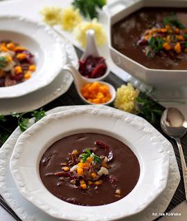 czernina na gęsinie , zupa , kuchnia polska , gęsina , na świętego Marcina , gęś , gąska , dania z gęsi , najsmaczniejsze dania , domowe jedzenie , mięso , drób , czas na gęsinę , coś pysznego , najlepsze przepisy na domowe jedzenie