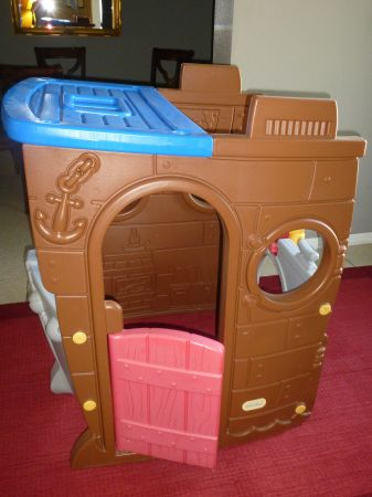 Mybundletoys2 Little Tikes Pirate Ship Playhouse