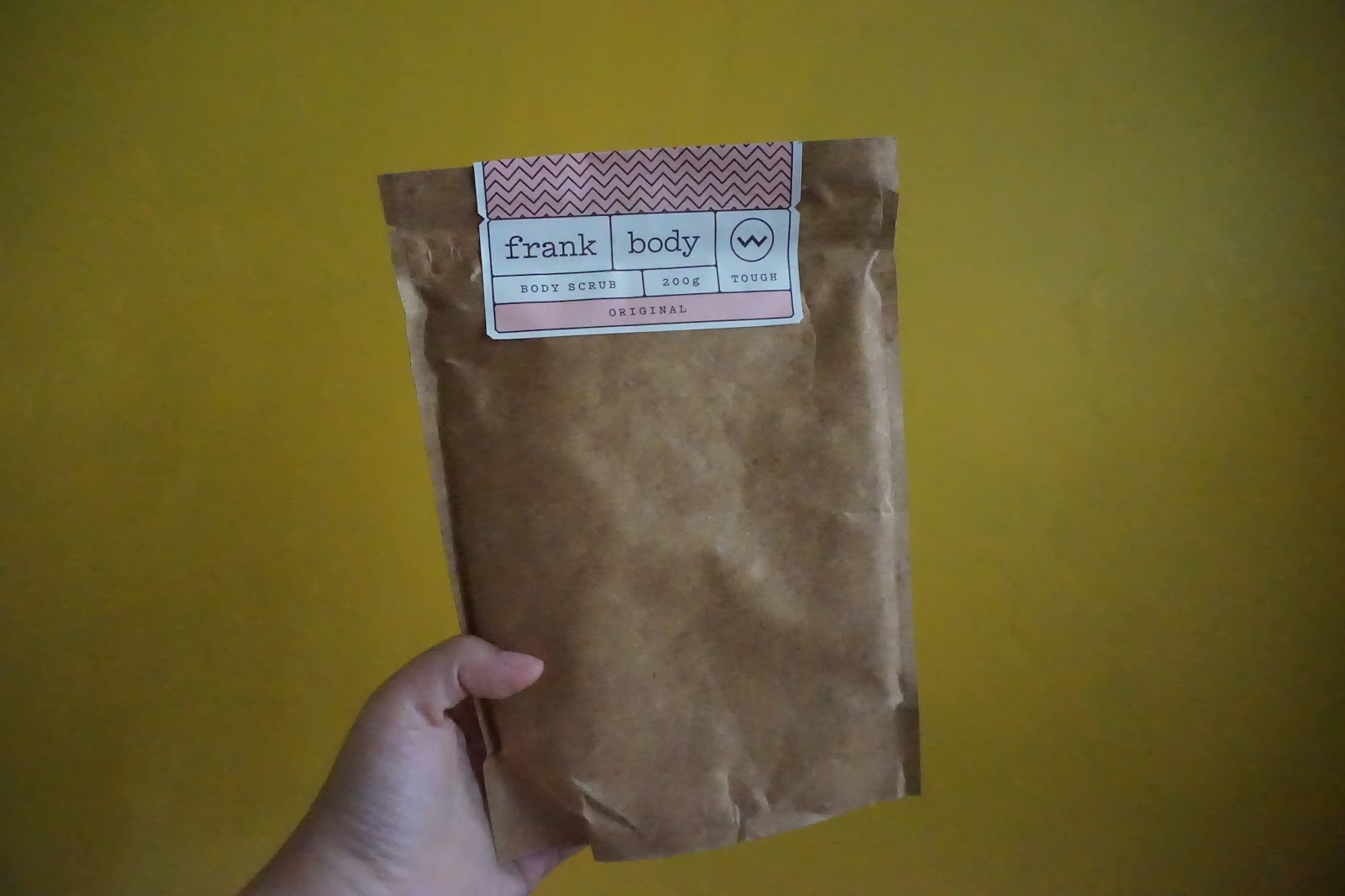 Discover Beauty With Putri Frank Body Scrub Review Tcash Lebaran April Skin Magic Snow Cushion Frankbody Original Coffee Is Packed Sweet Almond Oil Orange Essence Vitamins And Minerals To Target Dry Stretch Marks Cellulite Eczema