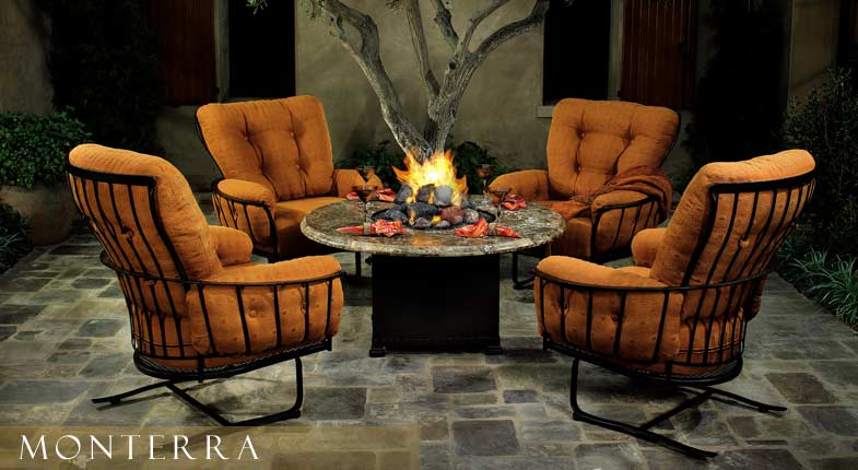 Fire Pits The New Centerpiece Of The Outdoor Room Patio