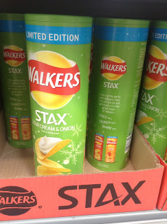 walkers stax sour cream and onion