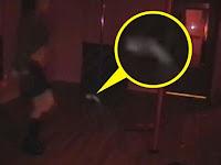 Sosok Hantu Kunjungi Klub 'Pole Dancing'
