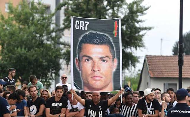 Ronaldo chốt ngày xuất trận Juventus, trả 500 tỷ đồng thoát tù 2