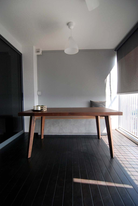 Butterpaperstudio reno trivelis i balcony storage bench for Balcony storage