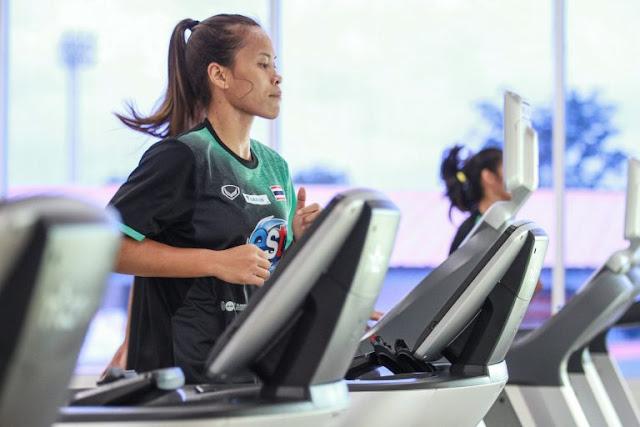 Các tuyển thủ nữ Thái Lan tập thể lực như thế nào...?