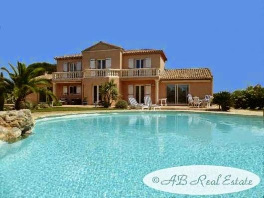 Villa Proche Mer Bezier A Vendre Avec Piscine