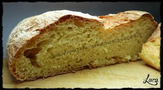 http://cucinaconlara.blogspot.it/2015/10/pane-di-semola-perfetto.html