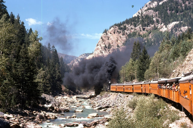 Durango and Silverton Narrow Gauge Railroad coloradoviews.filminspector.com