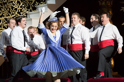 Garsington Opera 2016 - Rossini: L'italiana in Algeri - Ezgi Kutlu  (Photo Johan Persson)