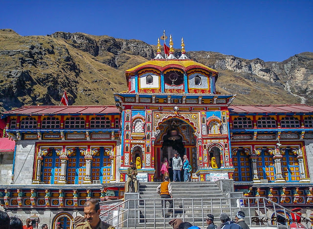 Badrivishal Badrinath temple chaar dhaam yatra alaknanda river the last village of india mana village tapt kund Rohit kalyana Himalayan Womb