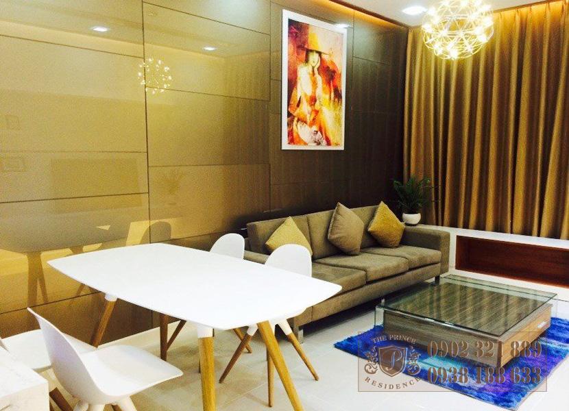 Cho thuê căn hộ The Prince 2 phòng ngủ -  phòng khách