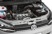 Gözler Volkswagen ve dizel motorun üzerinde
