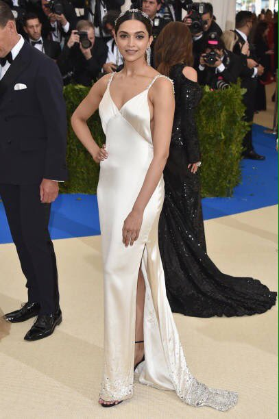 The beautifuldeepika padukone at the MET Gala 6