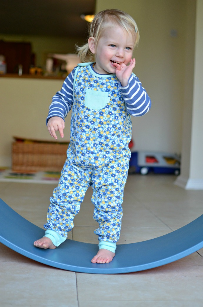 Kite dungarees from Growing Needs, themummyadventure.com
