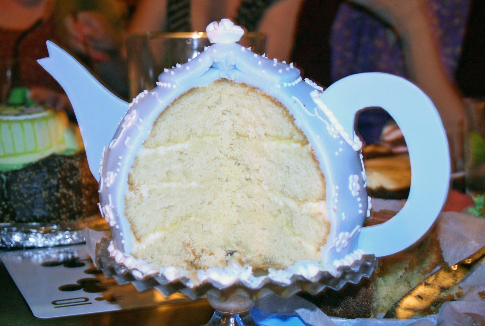 How To Make Teapot Cake Topper