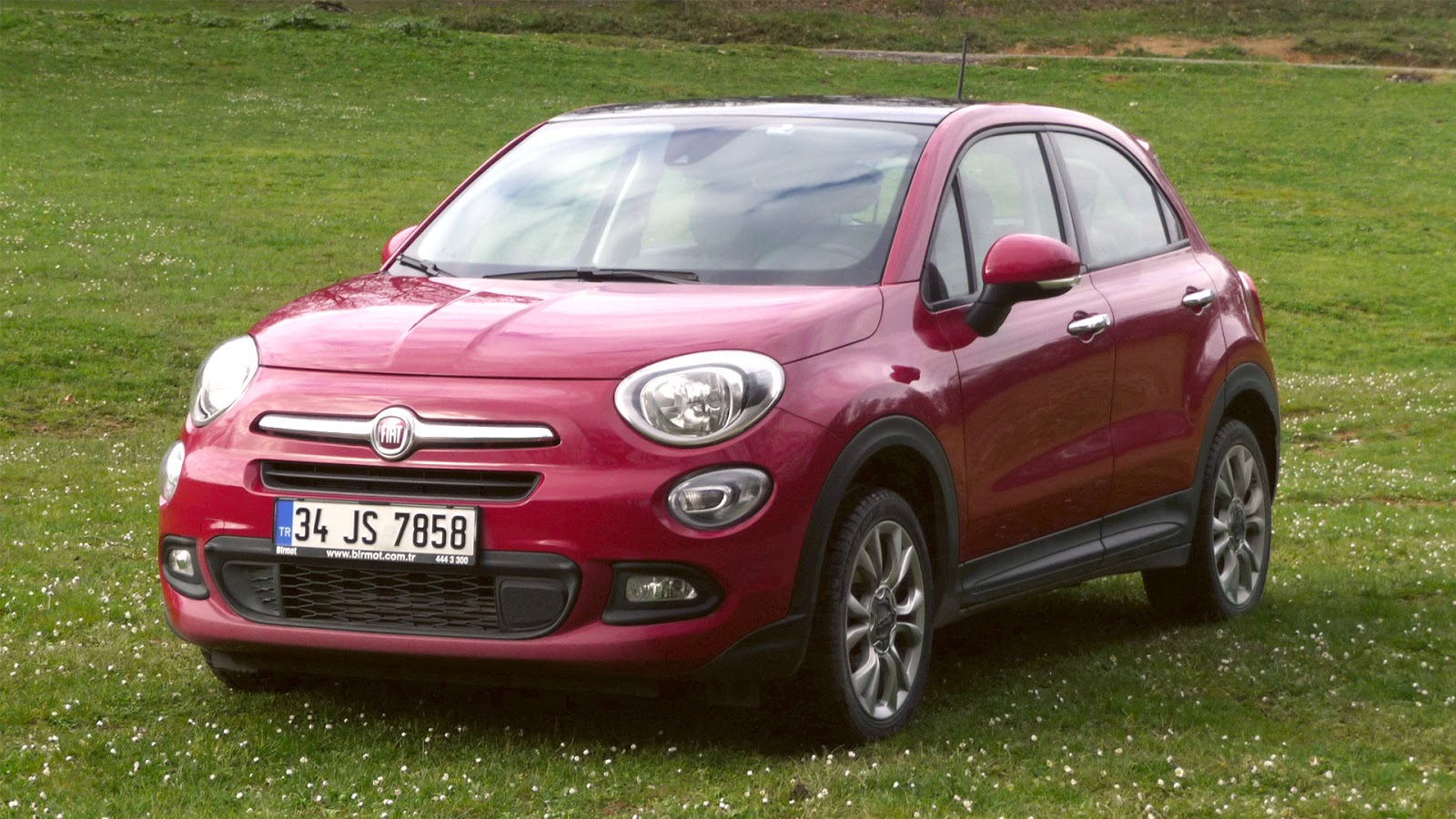 meric drives fiat 500x popstar 1 6 multijet 120hp test. Black Bedroom Furniture Sets. Home Design Ideas