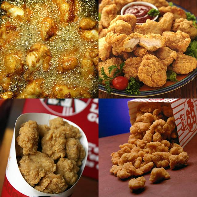 قطعي الدجاج إلى مكعبات متوسطة الحجم. نكّهيها بالملح، الكركم، الثوم البودرة، الفلفل الأسود وإكليل الجبل.