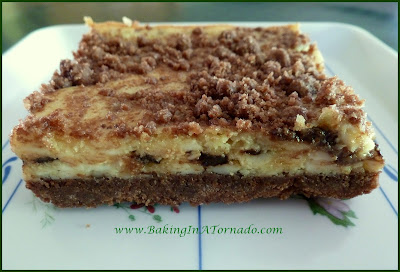 Mint Chocolate Cheesecake Bars | www.BakingInATornado.com | #recipe #dessert