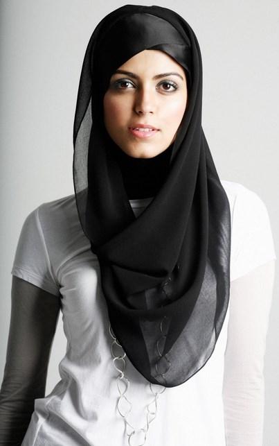 Hijab cantik dan sederhana