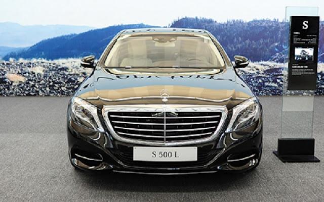 Mercedes S500 L 4MATIC sử dụng Lưới tản nhiệt 4 thanh, mạ Chrome