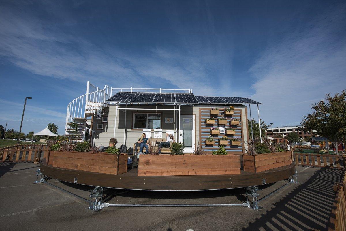 rEvolve - casa giratória com energia solar