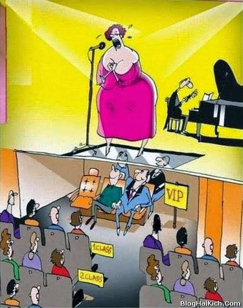 Tranh vui về khách VIP và khách thường khi xem ca nhạc