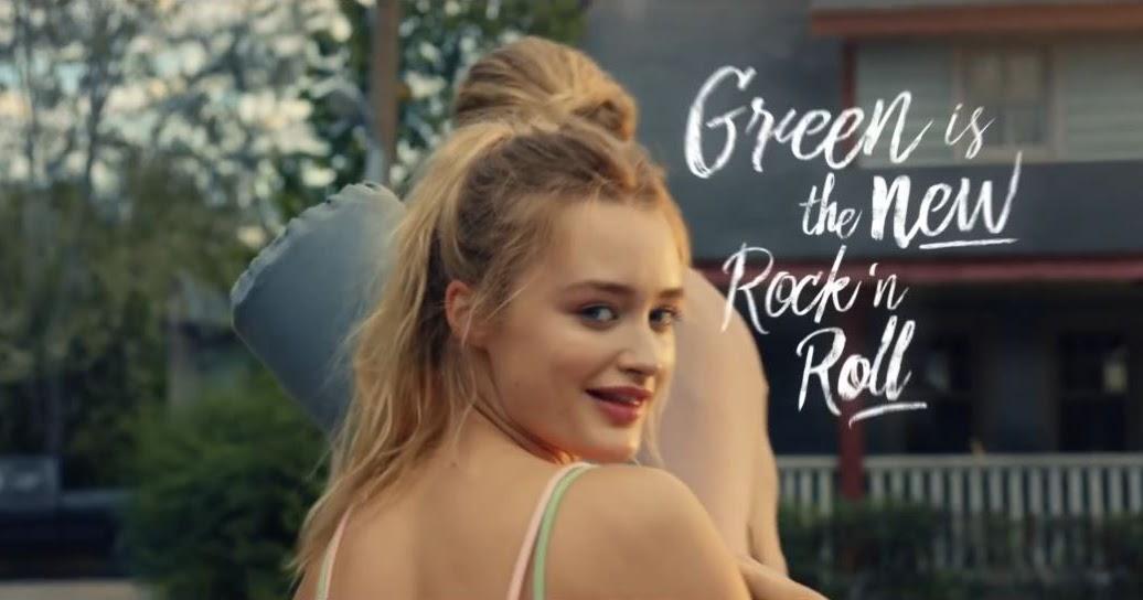 Canzone vigorsol easy con stevia pubblicit ragazza che - La ragazza della porta accanto colonna sonora ...