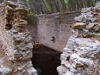 Rimska piscina, Zlatni rat, Bol, otok Brač slike