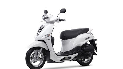 Yamaha D'elight Scooter milky white