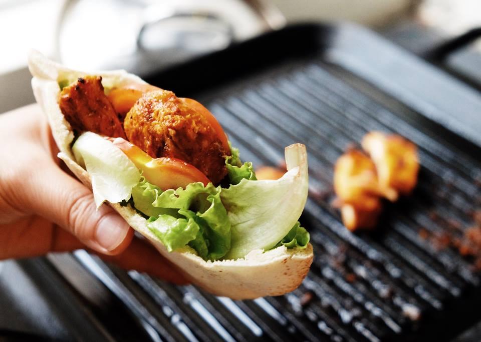 自家廚房|此生受用料理系列 — 胭脂檸檬鹽香料烤雞(附食譜)