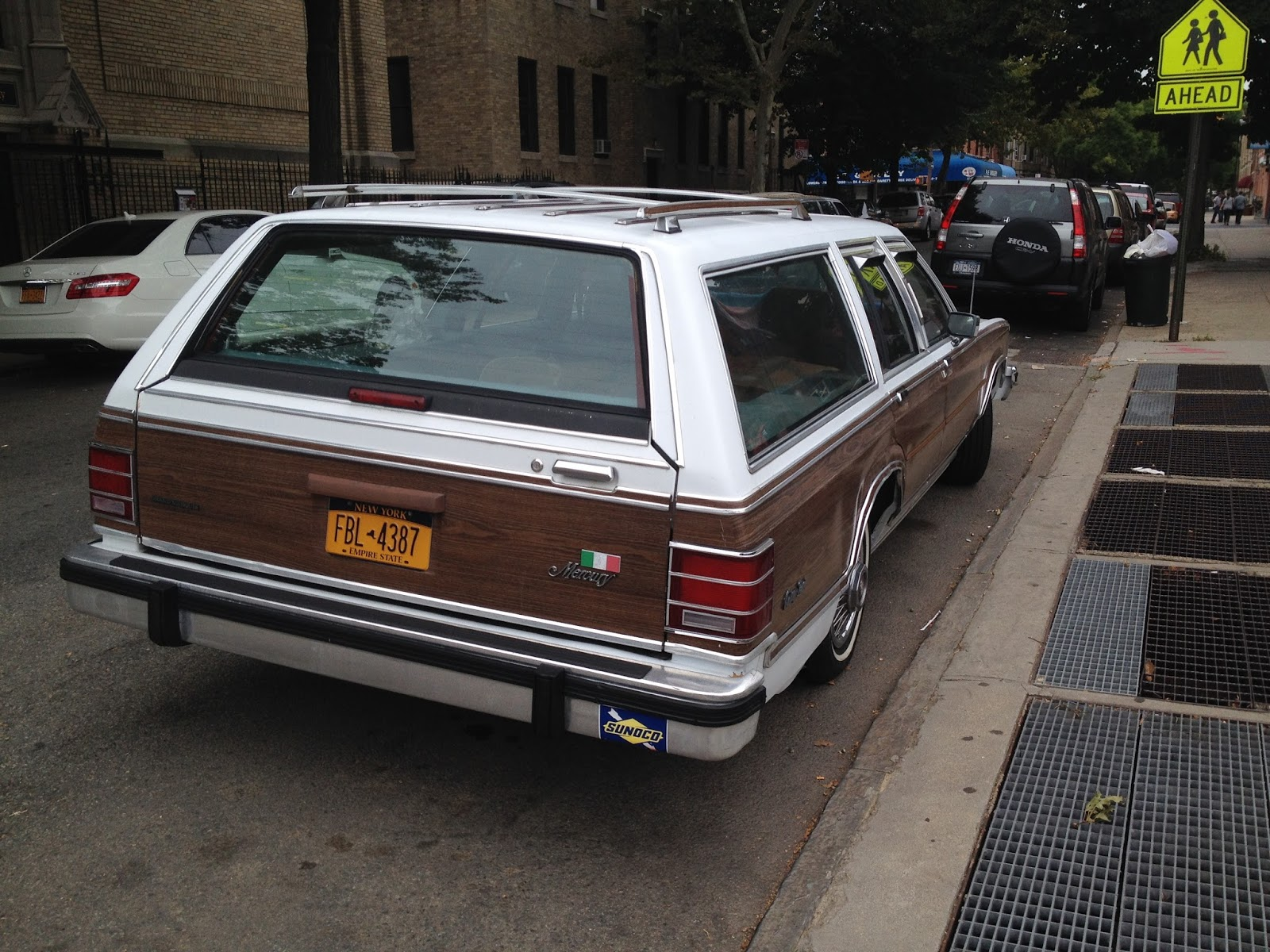 NYC Hoopties - Whips Rides Buckets Junkers and Clunkers: Prospect ...