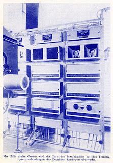 Mit Hilfe dieser Geräte wird die Güte des Fernsehbildes bei den Fernsehsprechverbindungen der Deutschen Reichspost überwacht.