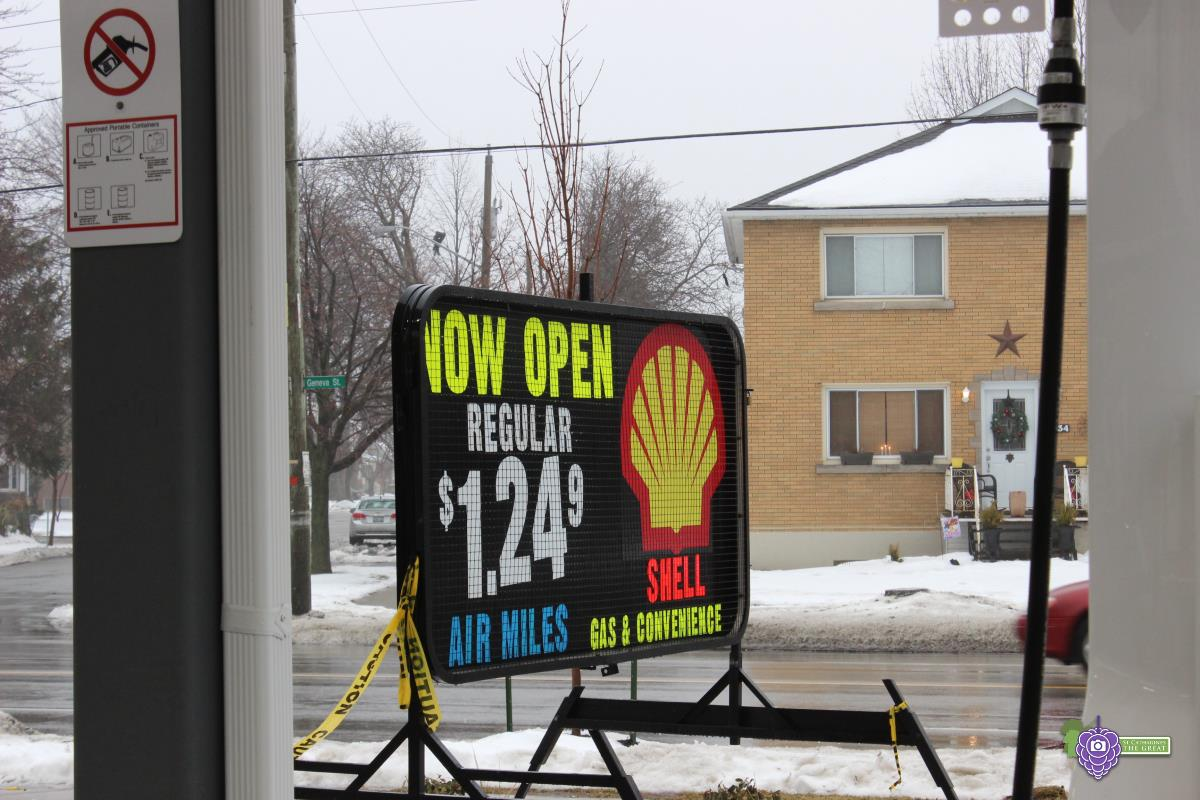 SCG Niagara: The Recently Opened SHELL CORNER STORE GAS STATION on