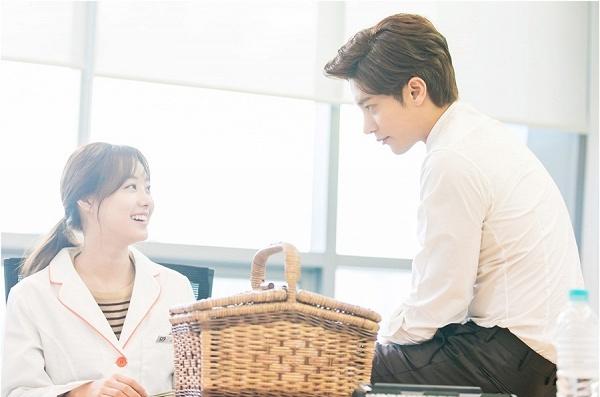 My Secret Romance hot không kém Do Bong Soon bởi cặp đôi chênh nhau 1 cái đầu
