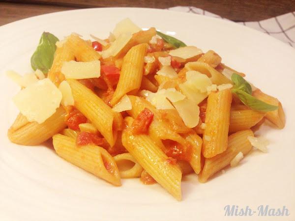 Пенне ригате с доматен сос с водка