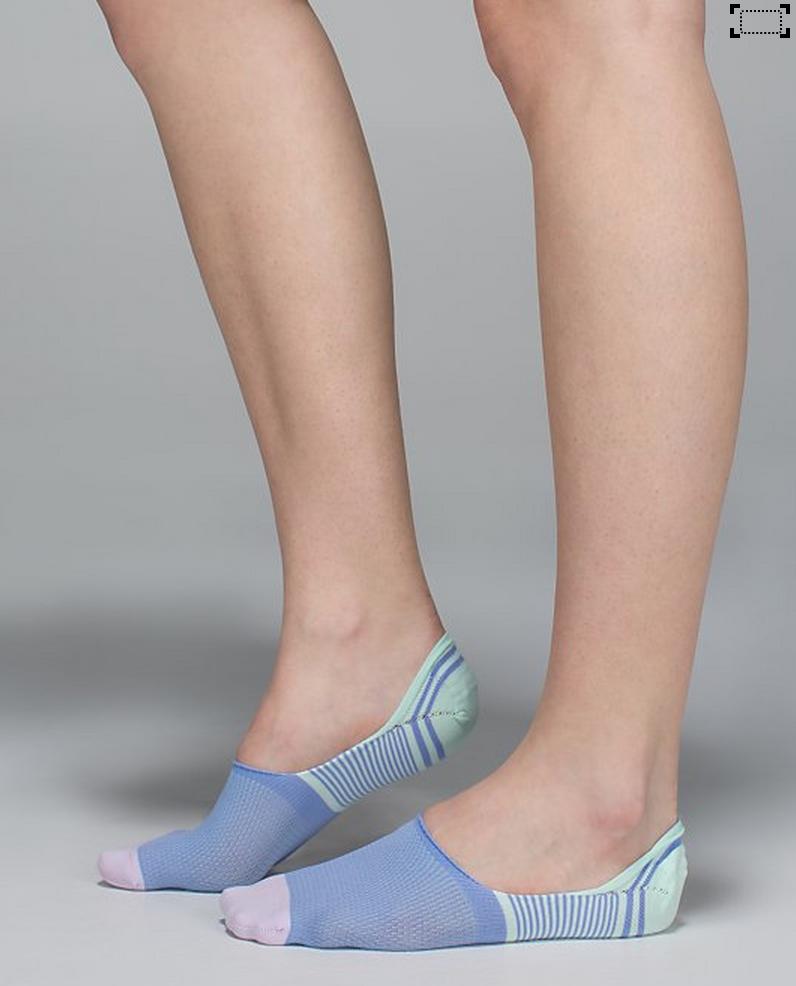 http://www.anrdoezrs.net/links/7680158/type/dlg/http://shop.lululemon.com/products/clothes-accessories/women-socks-and-underwear/Secret-Sock?cc=9750&skuId=3618424&catId=women-socks-and-underwear