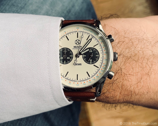 Nezumi Lowes white wrist shot