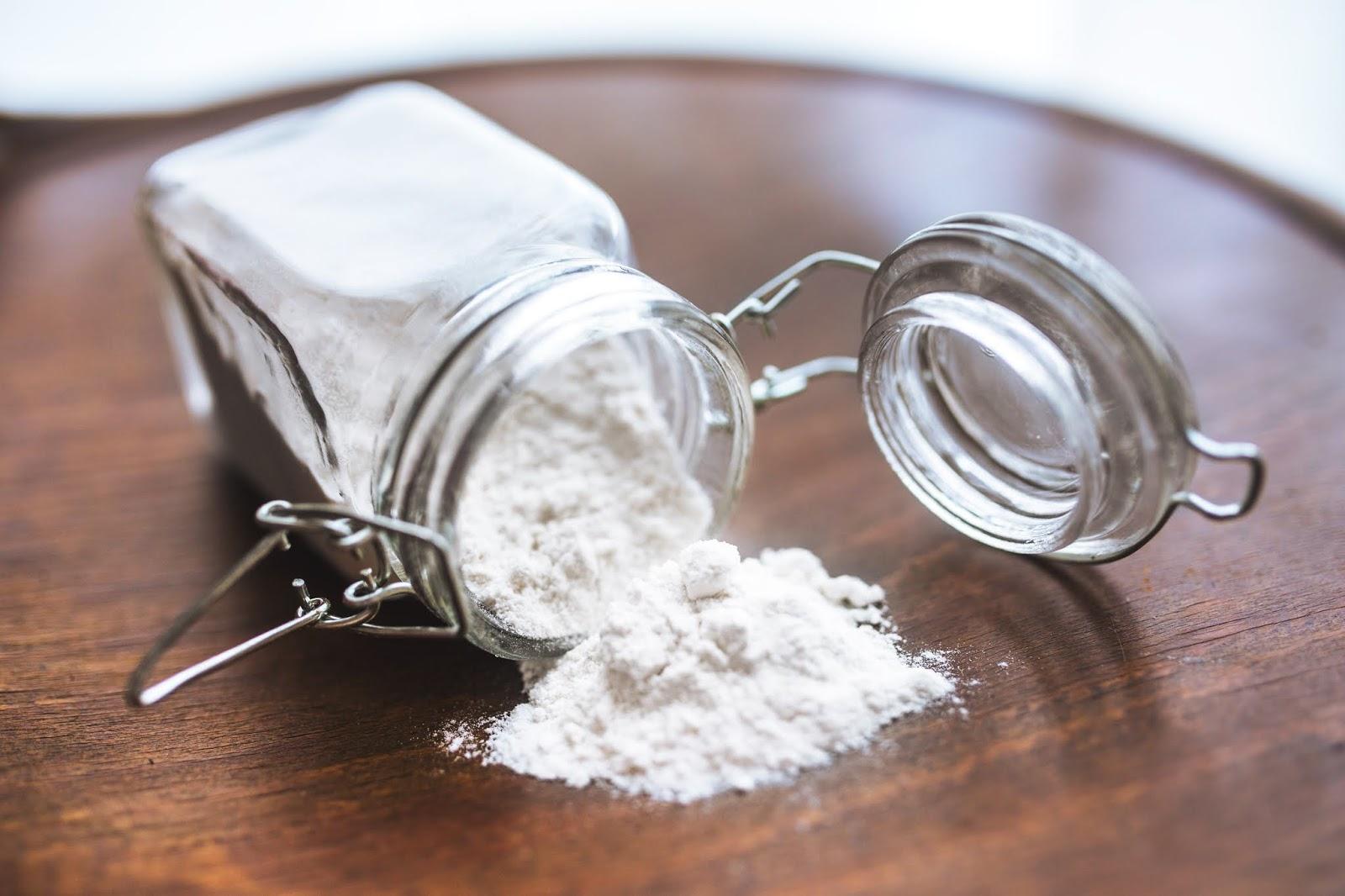 बेकिंग सोडा और नींबू के 9 अद्भुत लाभ | 9 Amazing Benefits Of Baking Soda And Lemon in Hindi